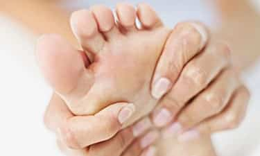 Can Toenail Fungus Spread to Skin