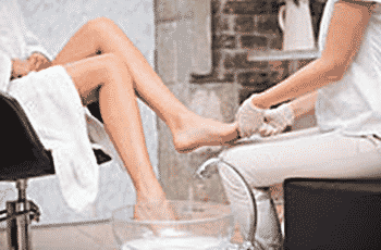How to Stop Toenail Fungus from Spreading