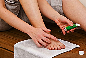 Will Antifungal Cream Cure Toenail Fungus?