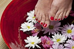 what happens if toenail fungus is not treated?