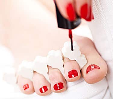 Understand more about nail polish and toenail fungus
