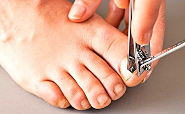 How To Keep Toenails Clean And Healthy