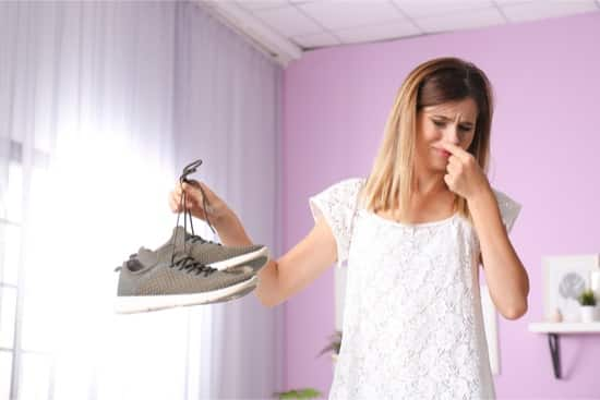 how to disinfect shoes from toenail fungus