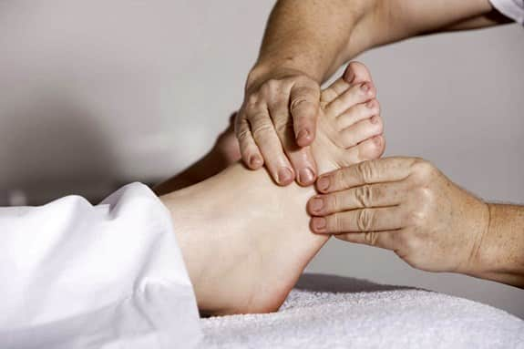 What are the most common plantar fasciitis symptoms?