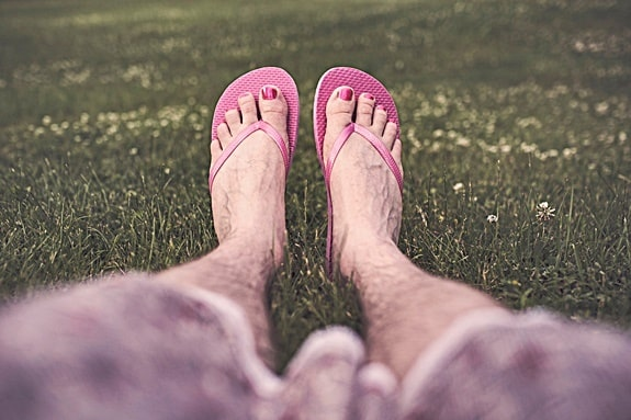 can flip flops cause nerve damage?