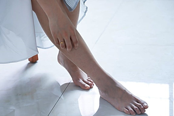 why do my feet peel in the summer?